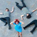 Anita y Los Peleles acercan clásicos del rock de los 60 a los más pequeños